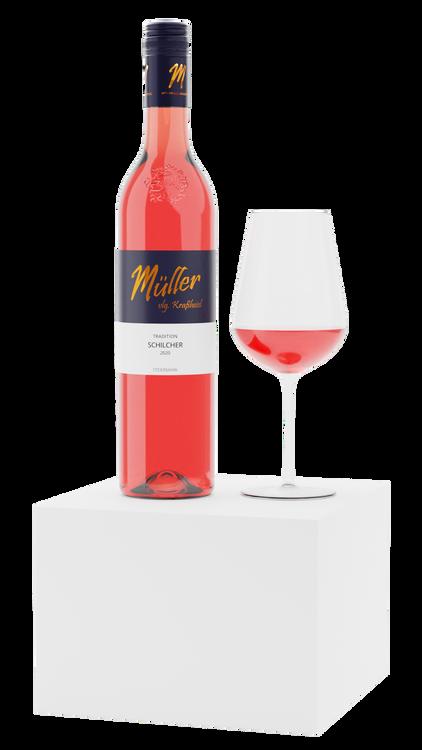 Weinflasche mit Glas auf Würfel